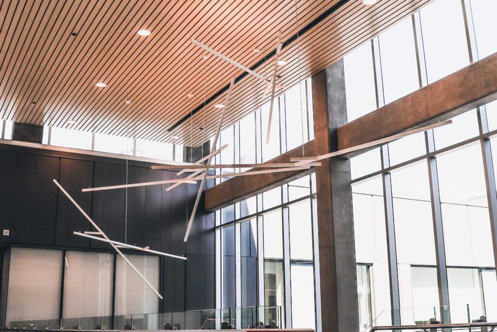 Fenêtres de l'Hôtel-Dieu de Lévis réalisation d'Humaco Acoustique Québec
